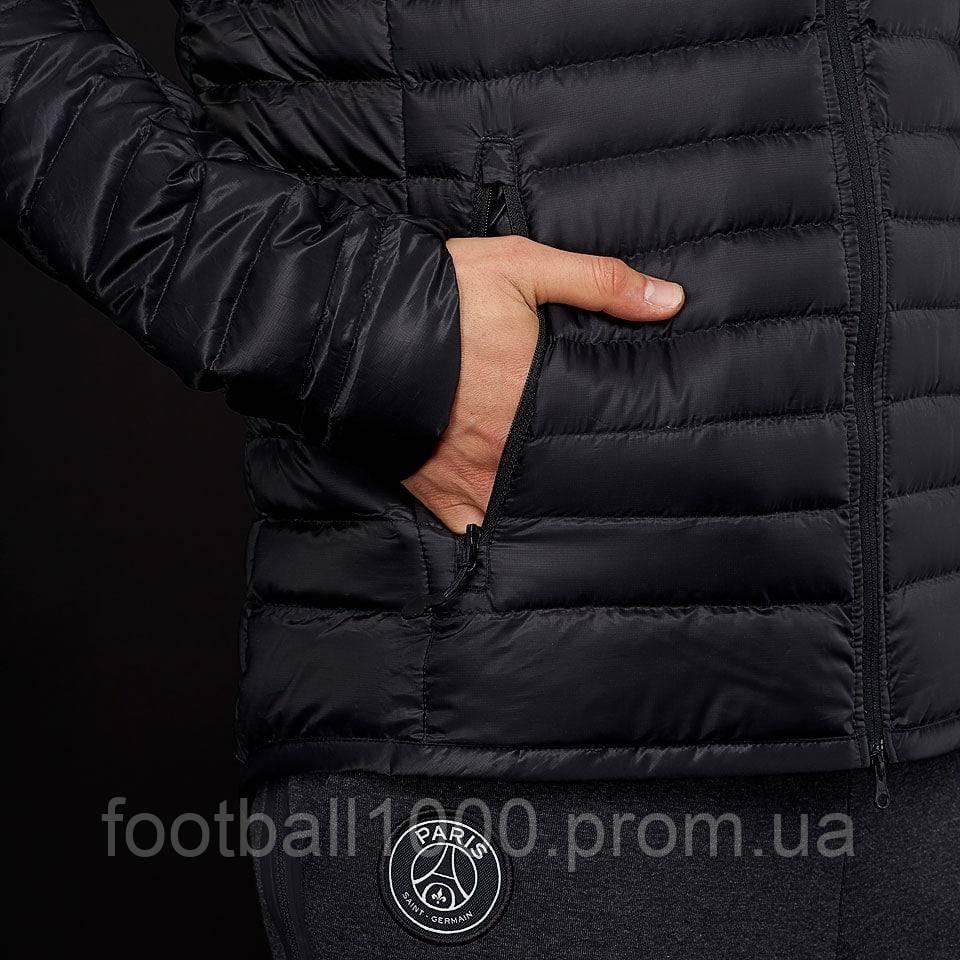 f7b56d234199e ... Мужская куртка с пуховым наполнителем Nike Paris Saint-Germain FC  2017/2018 Down Jacket