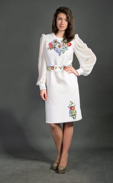 Вышитое женское платье СШ-9
