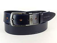 Ремень мужской кожаный Calvin Klein с классической пряжкой 4 см (темно синий)