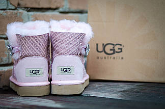 Угги нежно-розовые зимние UGG 3352 Пуговка  с камнем  пудра, фото 3