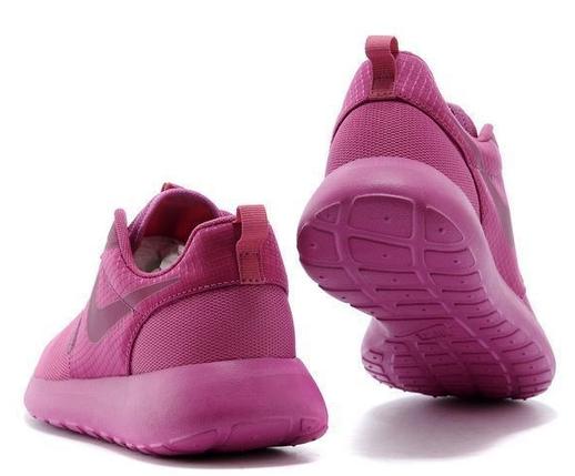 Кроссовки женские NIKE Roshe Run розовые, фото 2