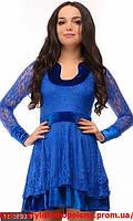 Шикарное бархатное платье с гипюром мини
