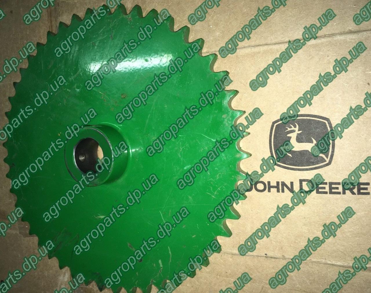 Звездочка AH125070 привод шнека 49 TEETH SPROCKET John Deere зірочка АН125070