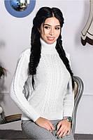 Женский свитер  из шерсти белоснежный