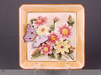 Декоративная тарелка Lefard Бабочка в маргаритках 21  21 см 59-408