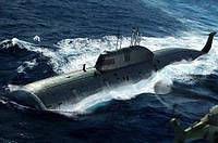 1:350 Сборная модель подводной лодки проекта 971 'Щука-Б' ('Akula'), Hobby Boss 83525