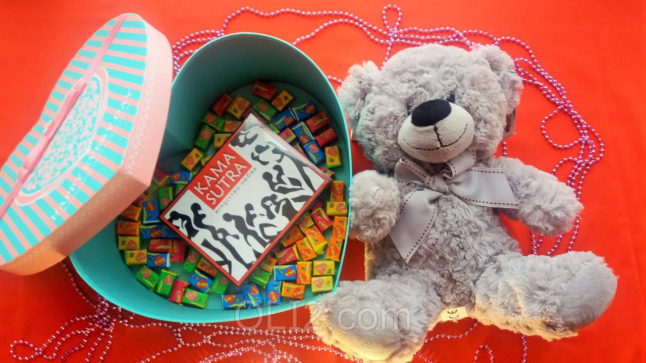 Подарочный набор Жвачки Love is плюшевый мишка шоколад на подарок