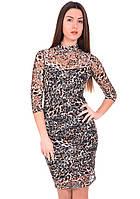 Вечернее гипюровое платье коричневого цвета с принтом. Модель 210040