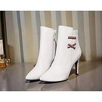 Для женщин Обувь на каблуках Удобная обувь Полиуретан Весна Повседневный Белый Черный Красный 7 - 9,5 см 05858948