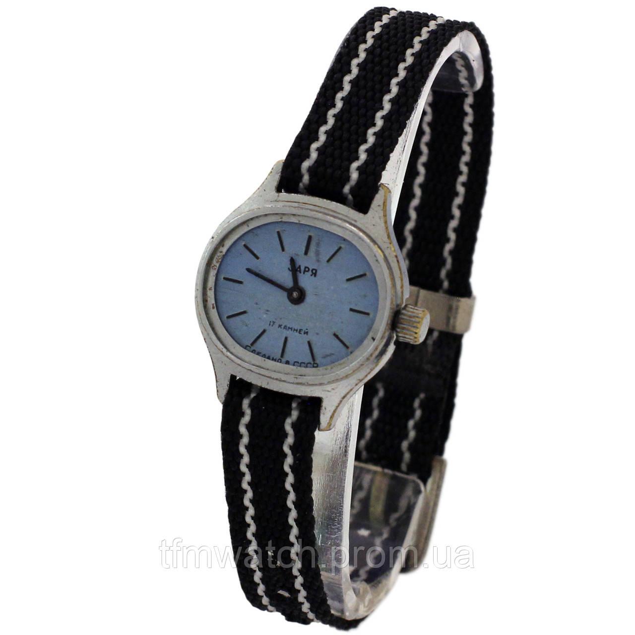 117c5e6b Механические часы Заря 17 камней сделано в СССР - Магазин старинных,  винтажных и антикварных часов