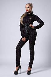 Тёплый молодёжный костюм  с брошкой Шанель под пояс 42, 44,46,48 серый