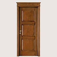 Дверь классическая из массива ясеня под лаком