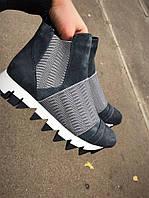 Спортивные ботинки кроссовки высокие осень женские в стиле дольче габана подошва с рифленым протектором