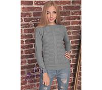 Стильный вязаный свитер изготовлен из акриловой пряжи, она очень теплая и мягкая