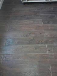 Вибір клеїв для підлогових покриттів