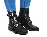 Женские красивые ботинки с ремешками