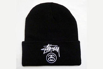 Зимняя брендовая шапка чёрного цвета с логотипом мужская женская унисекс