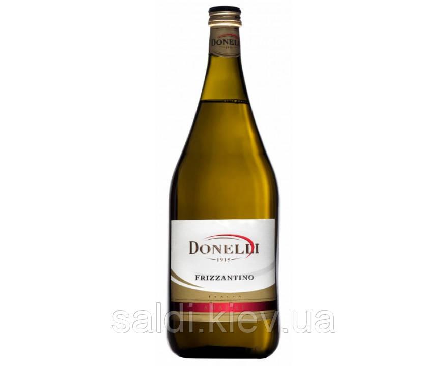 Вино белое полусладкое Donelli Frizzantino (Донелли Фриззантино) 1,5 л