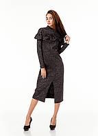 Платье трикотажное теплое удлиненное с воланом по груди. Модель П103_люрекс черный., фото 1