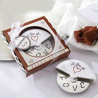 """Подарки гостям на свадьбе - Нож для пиццы """"Love"""""""