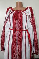 Красивая женская вышиванка с украинским орнаментом