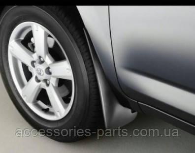 Брызговики (Под расширители колесных арок) Toyota RAV4 2005 Новые Оригинальные