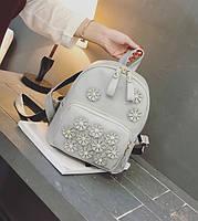 Женский городской рюкзак с цветами Серый