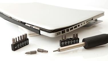 Ремонт корпуса ноутбука