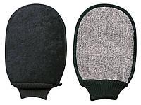 Банная, массажная перчатка черная TITANIA 7722