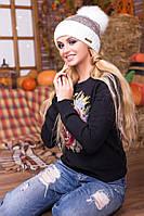 Мила біло-коричнева зимова шапка з бомбоном Esma