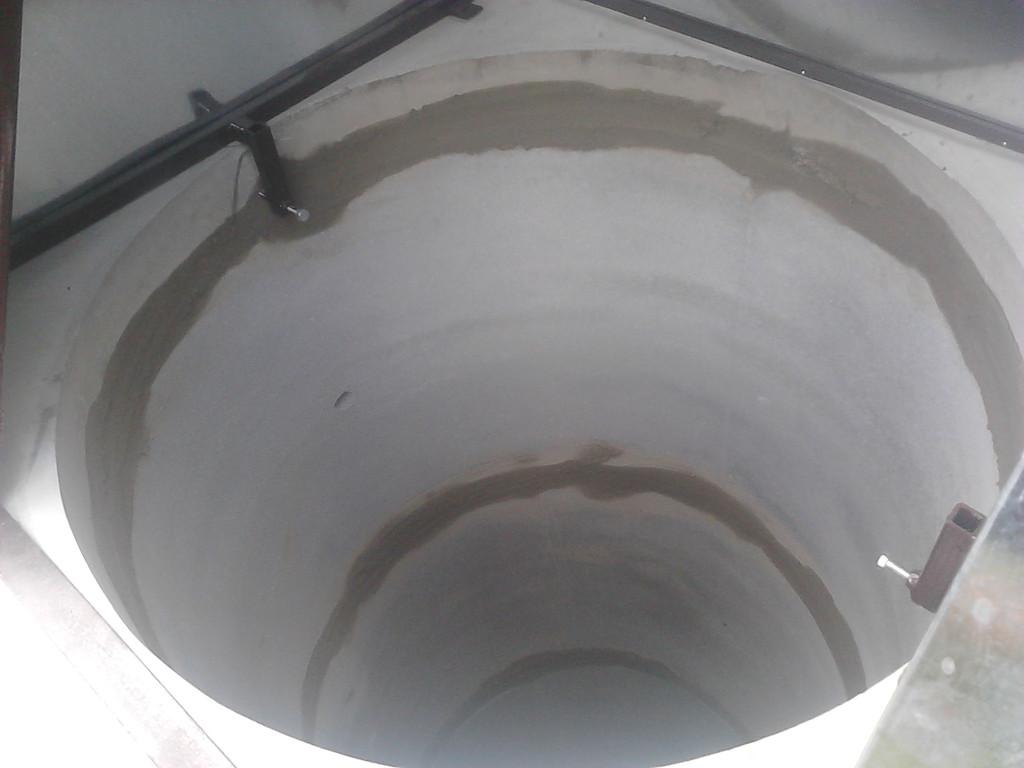 Копка колодца в Гатному.
