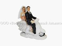 Свадебные фигурки - Молодожёны на мотороллере