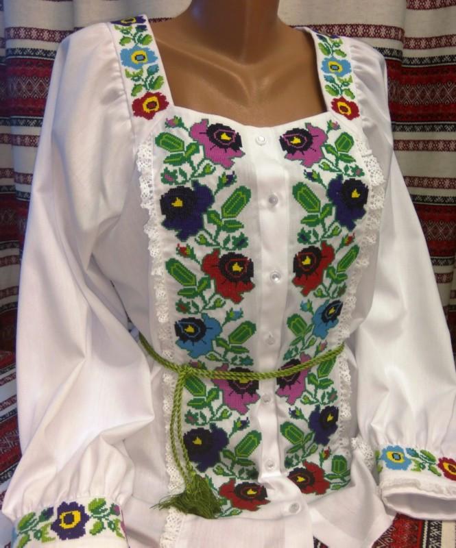 Женская вышиванка (модель 45)