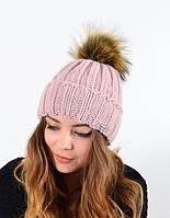 Женская вязанная шапка с меховым помпоном