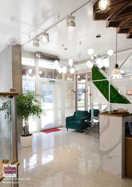 "Beauty SALON ""MAK"" by #dsavtograf #dsavtograf #salon #inerior #design #ineriordesign #designinterior #kyiv #modern #mossdecor #wood #wall #lobby"