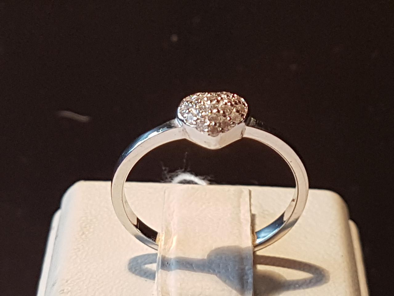 Серебряное кольцо с фианитами. Артикул 10027р
