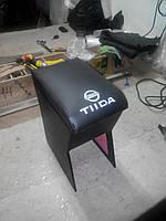Подлокотник Nissan Tiida (Ниссан Тиида) черный