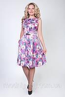 Стильное батальное платье