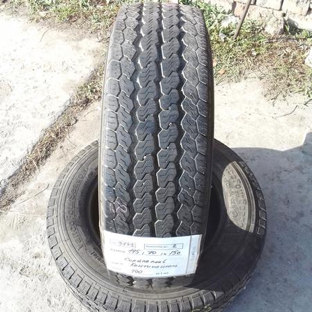 Бусовские шины б.у. / резина бу 195.70.r15с Continental Vancoeco Континенталь
