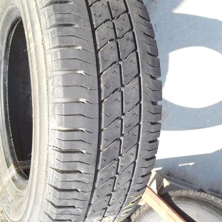 Бусовские шины б.у. / резина бу 225.70.r15с Pirelli Sitynet Пирелли