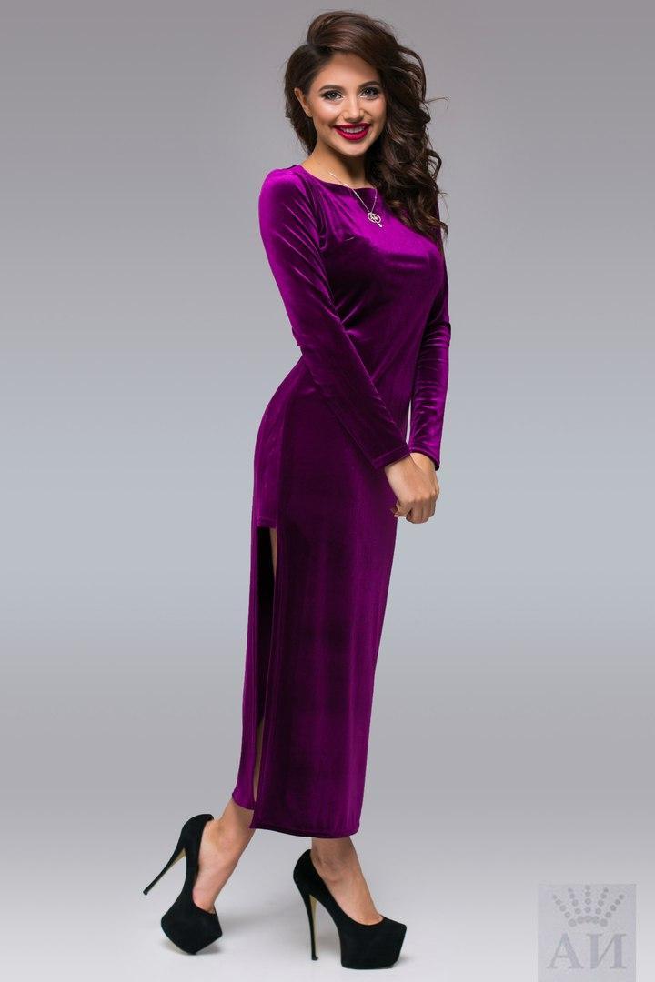 49eaaf86b2db354 Нежное бархатное платье со смелым вырезом миди: продажа, цена в ...
