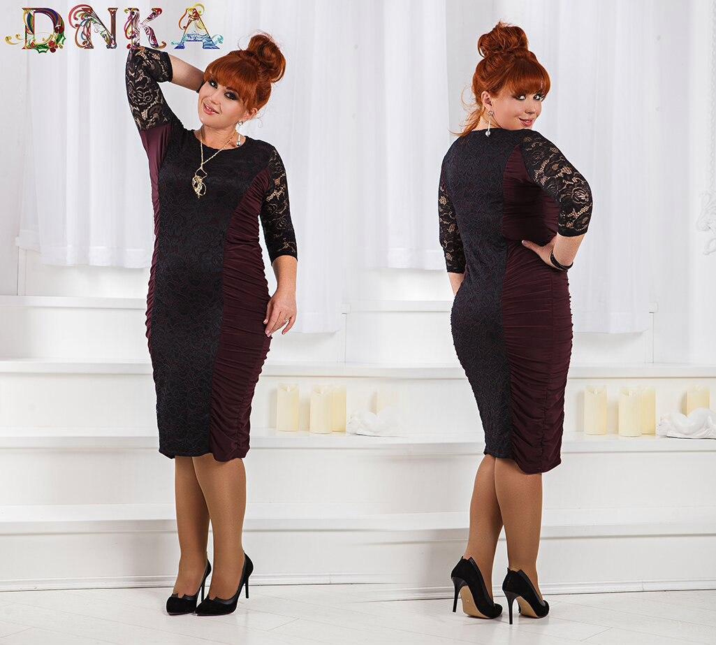 Платье  приталенное, по бокам сборочка, спереди и сзади кружево, большие размеры код 1/8400