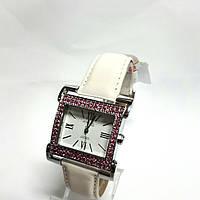 Часы женские Q&Q DB35J307Y