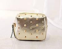 Женская сумочка маленькая золотая с заклепками