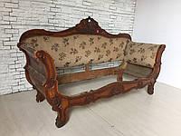 Антикварныйы диван в стиле Бидермейер