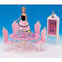 Мебель для куклы Gloria 1212 для столовой, стол, 4 стула, буфет, свечи, посуда, еда, в коробке 30*19.5*7.5 см.