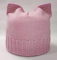 Женская вязаная шапка с кошачьими ушками. Цвет: зефир.