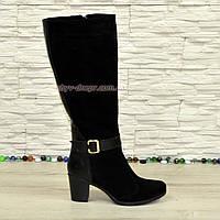 Женские замшевые сапоги на невысоком устойчивом каблуке. Зимние на меху. 40 размер