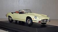 1:43 Jaguar E-Type 1971 г., фото 1