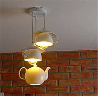 Люстра из фарфорвых чайника и чашек с блюдцами, фото 1